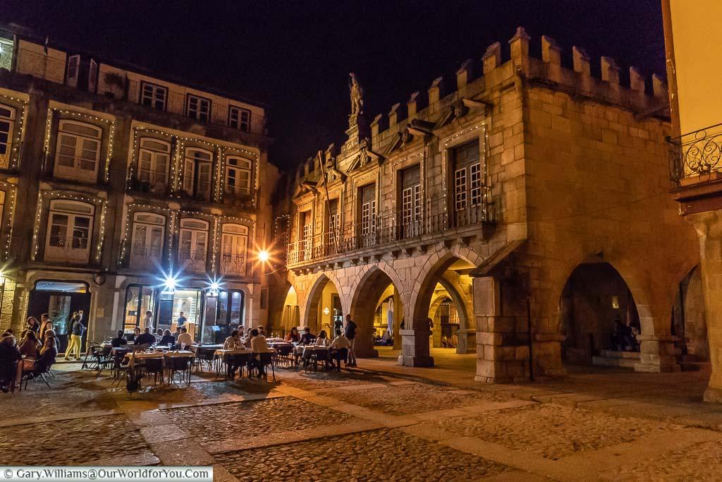 Largo da Oliveira at night, Guimarães, Portugal