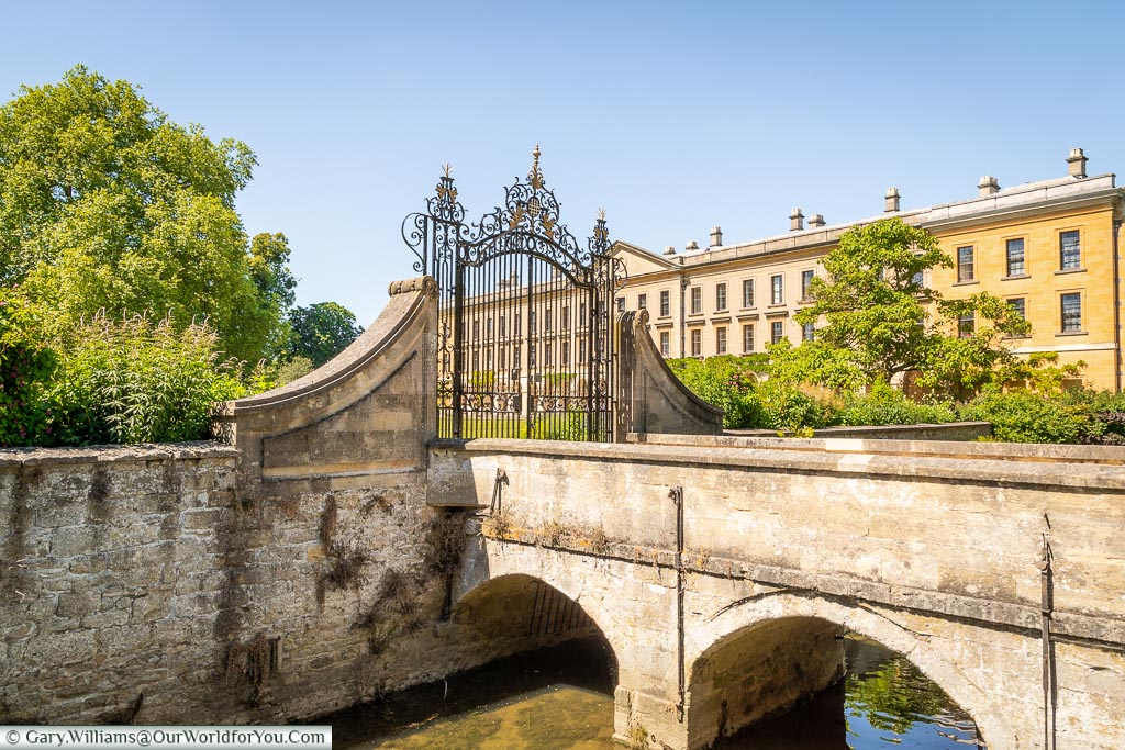 The New Building of Magdalen College by the stream, Oxford, England, UK