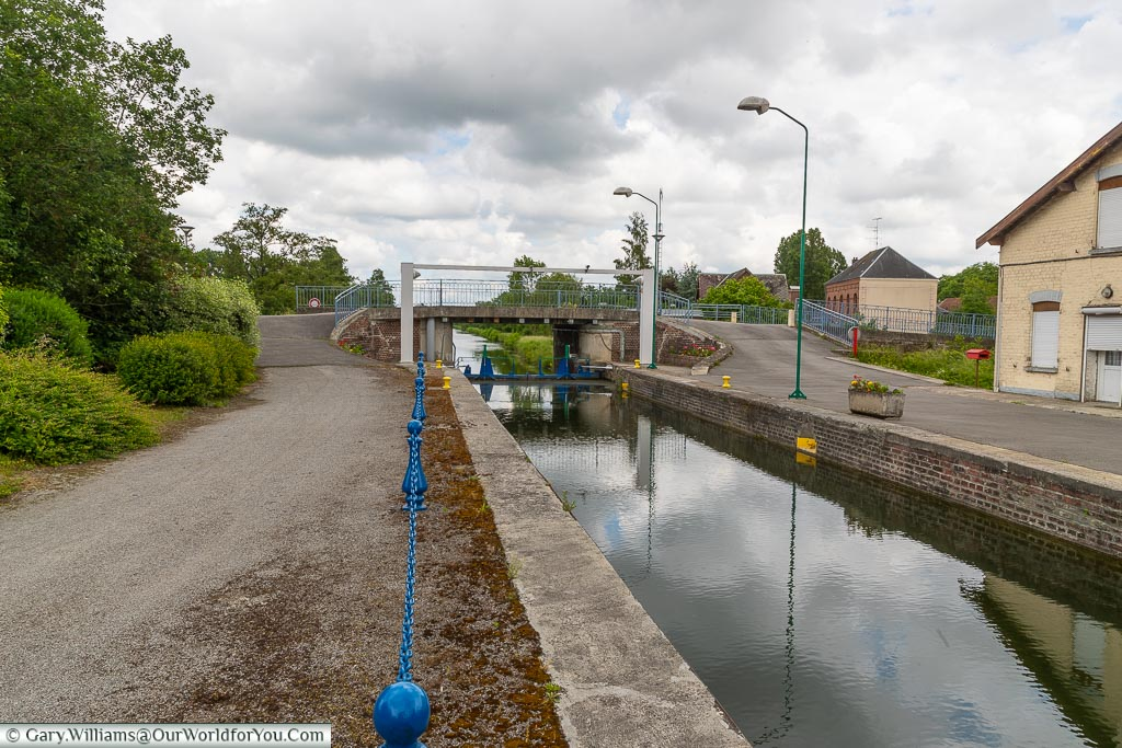 Locks on the Sambre–Oise Canal, Ors, France