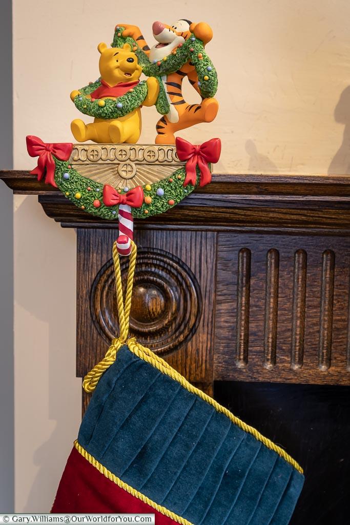 Tigger & Pooh Stocking holder