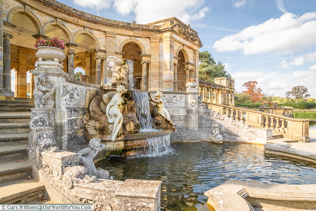 Loggia and fountain, Hever Castle, Kent, England
