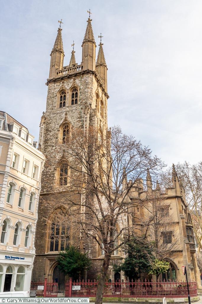 St. Sepulchre-without-Newgate, Smithfield, London, England, UK