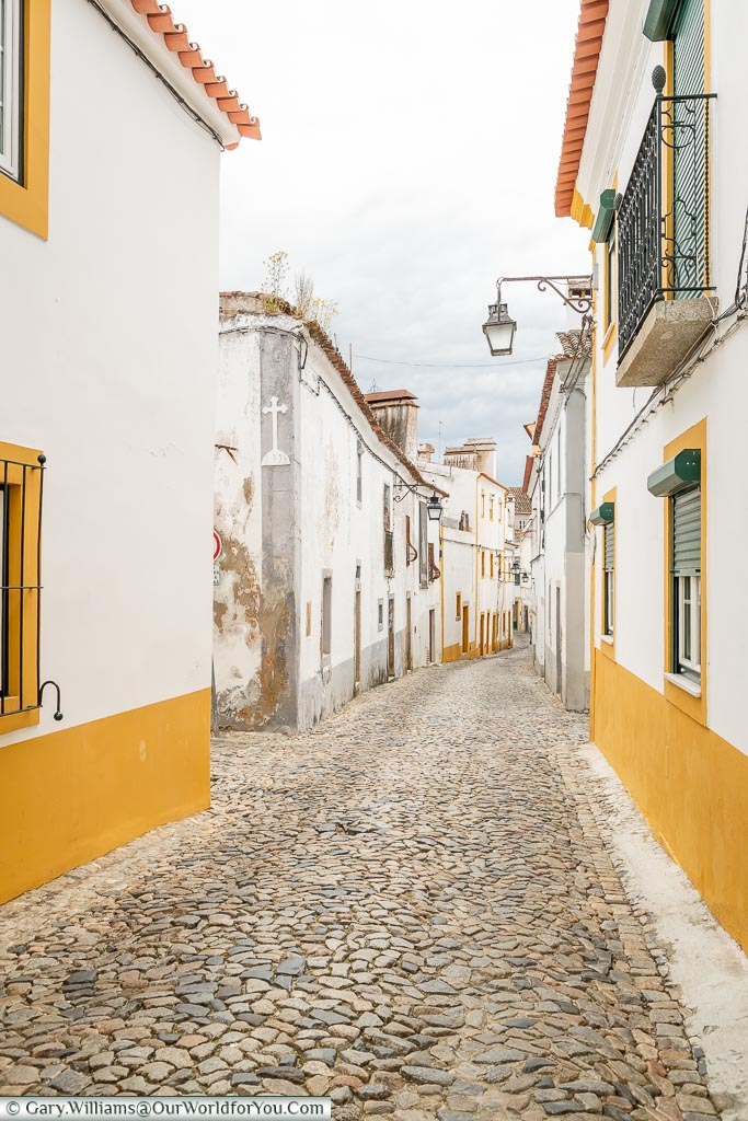 Along the streets of  Évora, Portugal