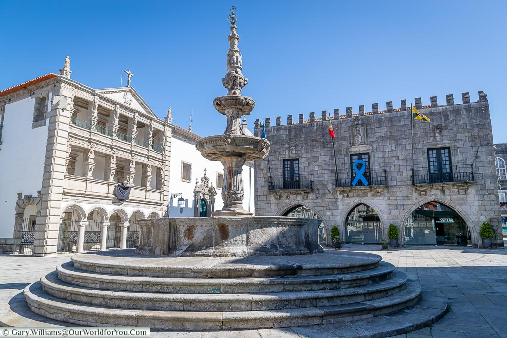 The fountain in Praca da Republica, Viana do Castelo, Portugal