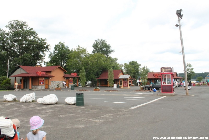 Quassy Amusement and Waterpark_Out and About Mom_Things to do with kids in Connecticut (2)