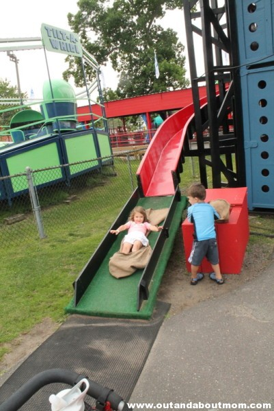 Quassy Amusement and Waterpark_Out and About Mom_Things to do with kids in Connecticut (200)