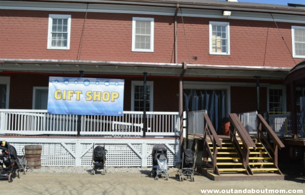 Day Out With Thomas Gift Shop 5