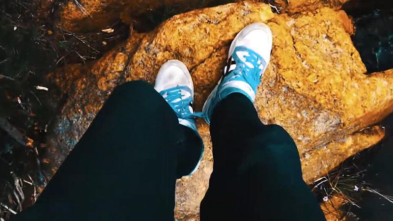 Hiking in Jeans FI