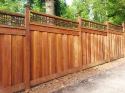 fence building in Woodinville