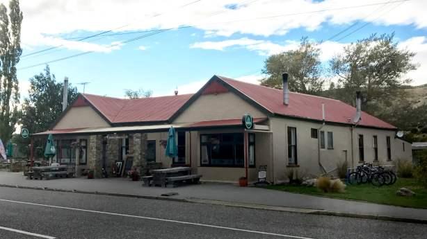 Oturehua Tavern
