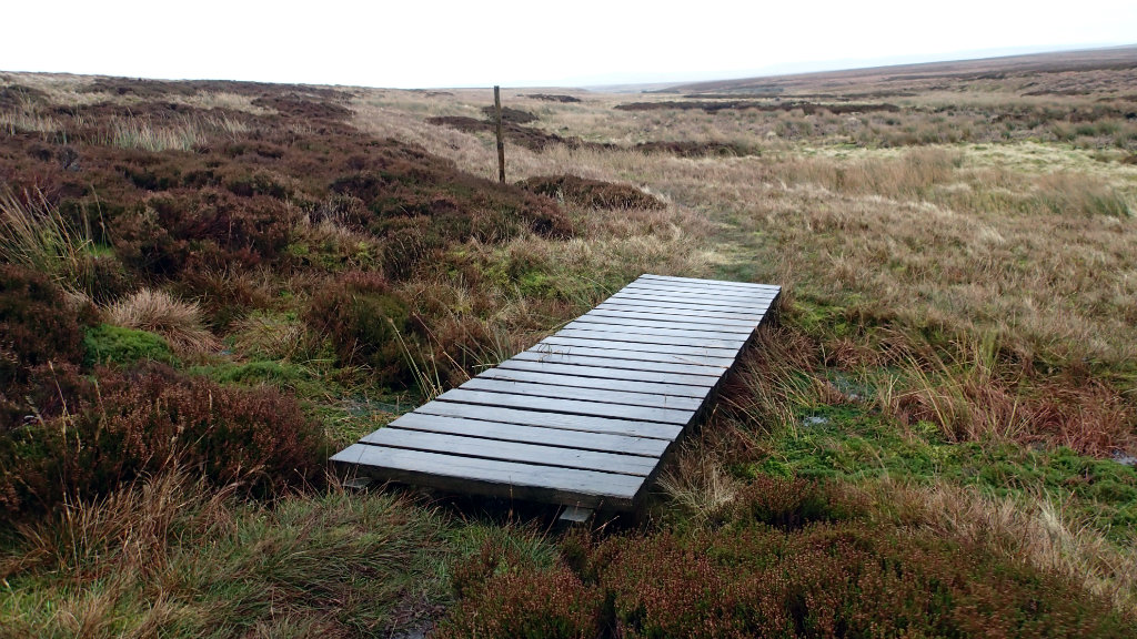 The dangers of the planks! Careful steps in Bowes Moor