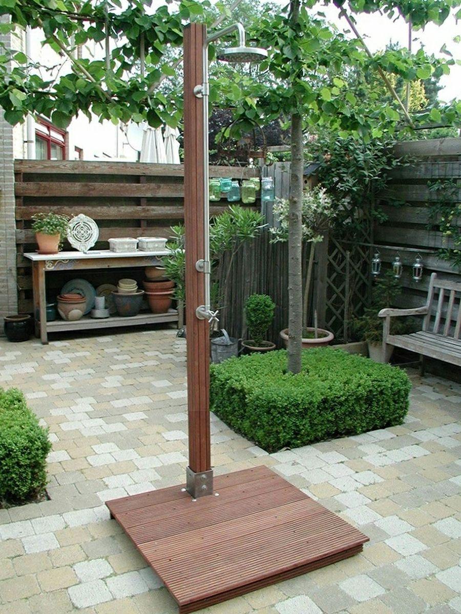 freestanding outdoor showers