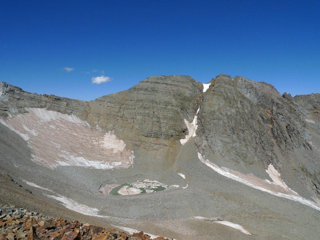 View towards Conundrum Peak while hiking up Castle Peak