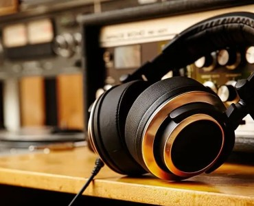Best Studio Headphones - Outeraudio
