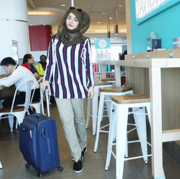 work-travel-hijab-outfit Hijab office Wear - 12 Ideas to Wear Hijab at Work Elegantly