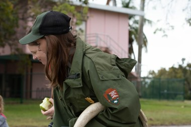 Park ranger tells about manatees with a heavy rib bone under her harm