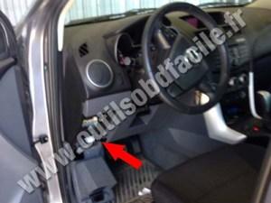 Einbauort der OBD2Stecker in Mazda BT50 (2011  2015