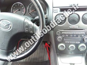 Prise OBD2 dans les Mazda 626 (1997  2002)  Outils OBD