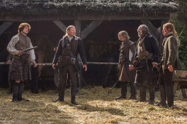 Francis Magee (Crenshaw), Sam Heughan (Jamie Fraser) , Douglas Russell (Lennox ), and Douglas Henshaw (Taran  MacQuarrie)