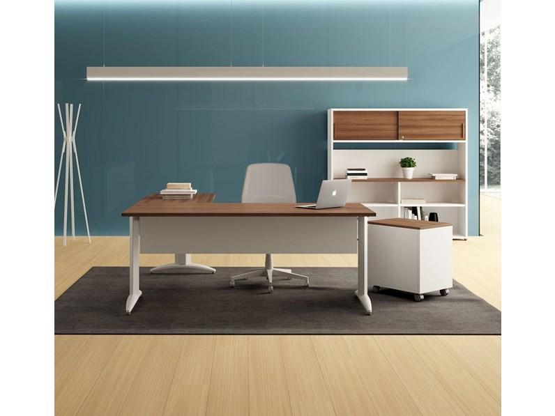 I nostri mobili per reception sono in grado di esprimere tutto ciò di cui hai bisogno: Scrivania Oxi Las Mobili Per Ufficio A Prezzo Scontato