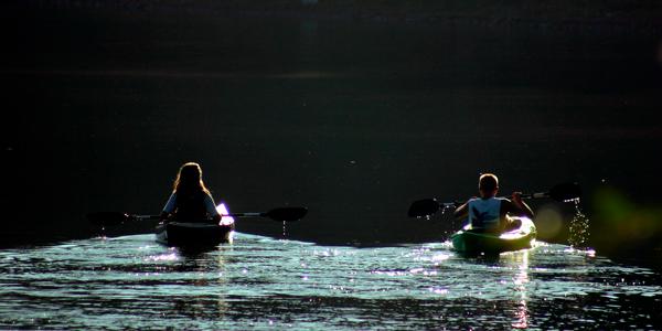 Disfruta de una jornada de kayak o hidropedal en familia