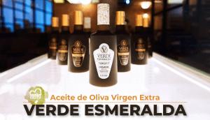 Aceite de Oliva Virgen Extra Verde Esmeralda, el aove más reconocido