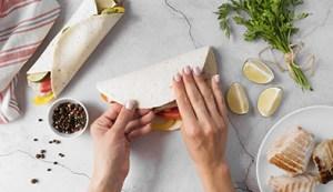 como hacer tortillas wrap