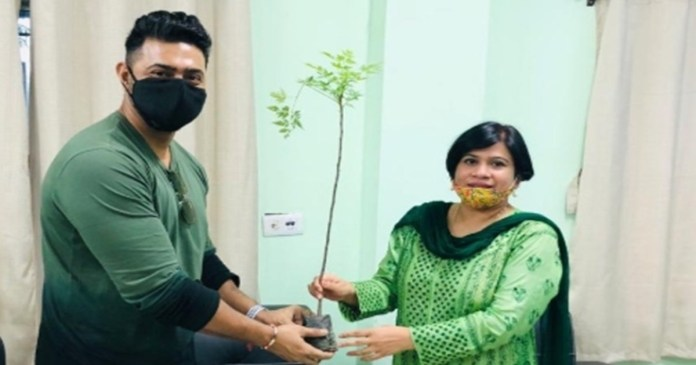 dev has taken the initiative to plant 5,000 trees to restore greenery in ghatal