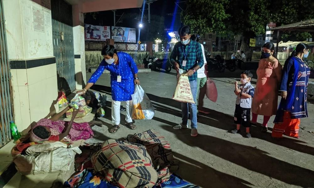 prochesta social cloth and food distribution3