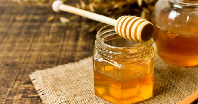 Honey is very useful for various winter problems!