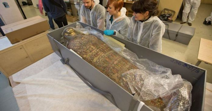 mummy of a pregnant woman discovery in poland first time in history
