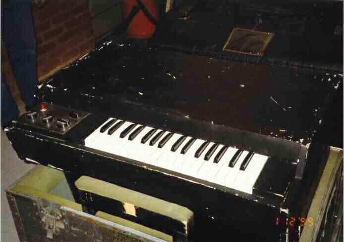 Mellotron M400 #1199
