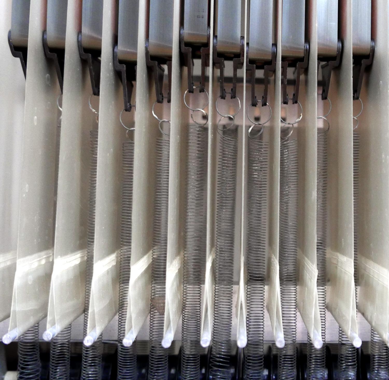 Mellotron M400 - Springs