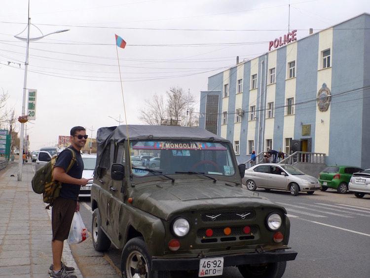 Erlian Erenhot Jeep border Zaminn Udd
