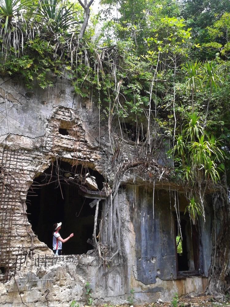 Ruínas do Comando Militar Japonês em Peleliu Palau