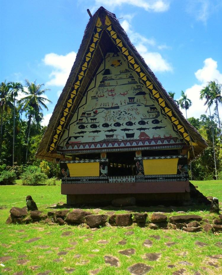 Casa Traditional Palaun chamada Bai, na ilha Babeldaob Palau