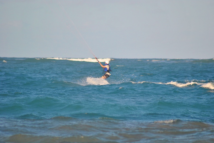 Aprendendo Kitesurfing Cabarete