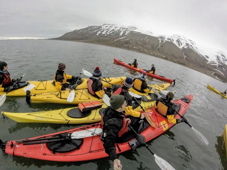 Svalbard Noruega caiaque artico