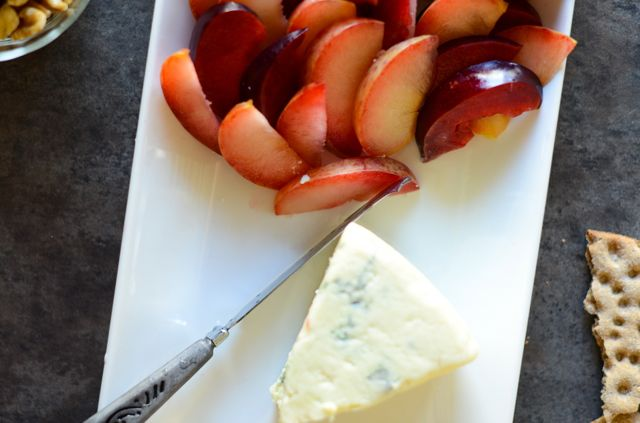 Plums with Blue Cheese