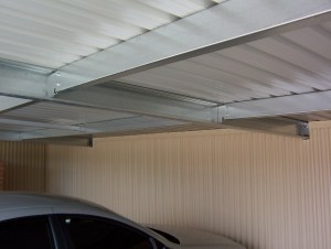 Detail: Colorbond corrugated wall lining and galvanised steel roof framing