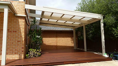 This Melbourne decking and two project was a resounding success for the homeowners.