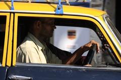 Taxi driver in Mumbai