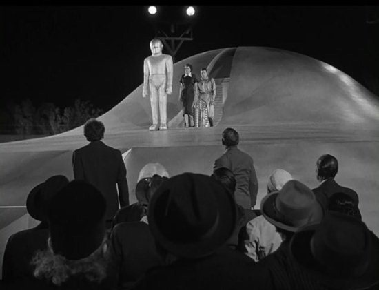 The Day the Earth Stood Still 9