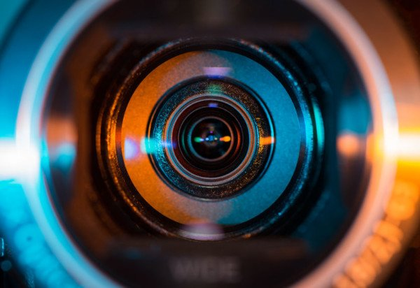 telecamera-finta