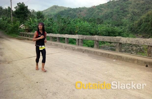 Barefoot Trail Runner in Daraitan in Nature's Trail Discovery Run 2013 (Leg 1)