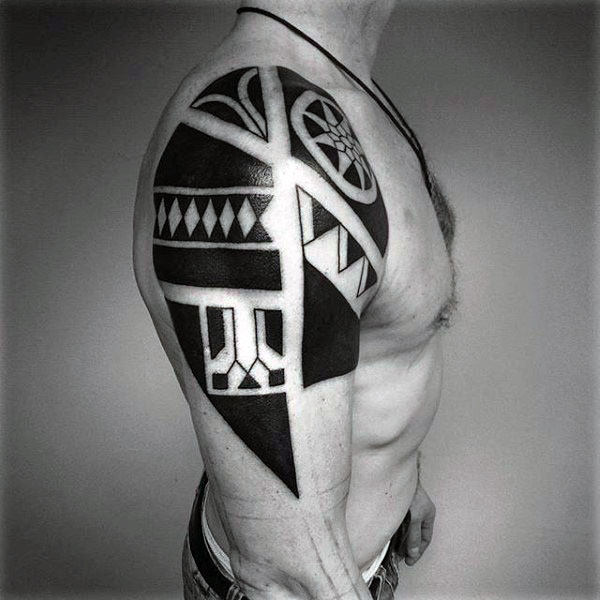 Upper Arm Cool Tribal Tattoo
