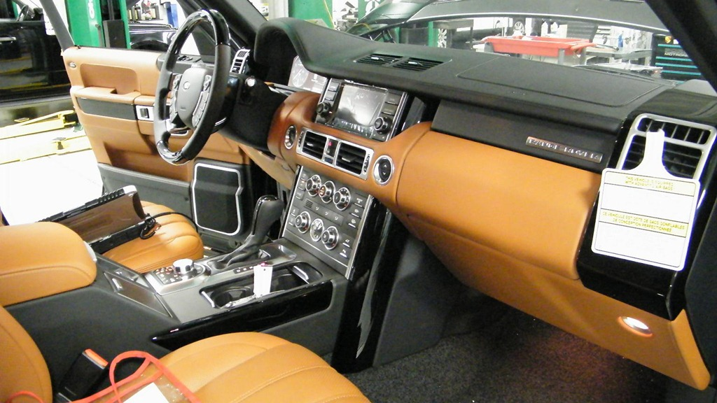 Range Rover AutobiographyOrange I mean Tan Interior OVALNEWS