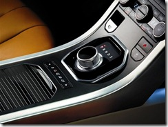 2011_Range_Rover_Evoque_Interior_4.sized
