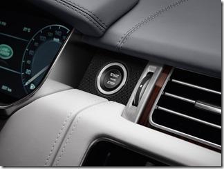 2016 Range Rover SVAutobiography (14)