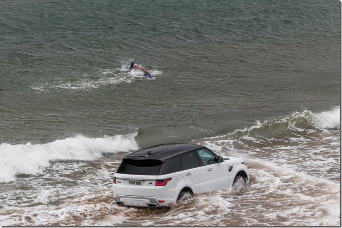 2019 Range Rover Sport PHEV Open Water Challenge (9)